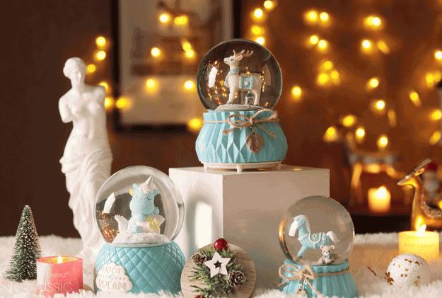 浪漫有创意的圣诞节礼物推荐一、木马独角兽水晶球