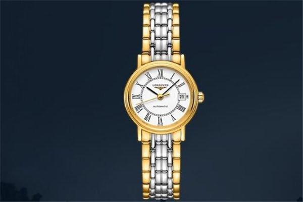 价格在五千元的浪琴手表排行二、浪琴L4.720.2.32.8