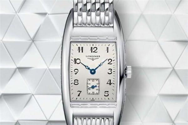 价格在五千元的浪琴手表排行五、浪琴L2.501.4.73.6