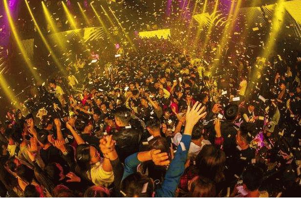 中国十大知名酒吧排名10、SPACE CLUB
