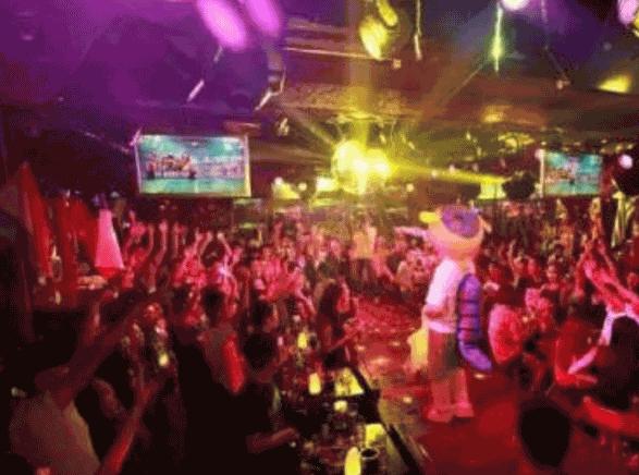 中国十大知名酒吧排名6、拿铁酒吧LATTE