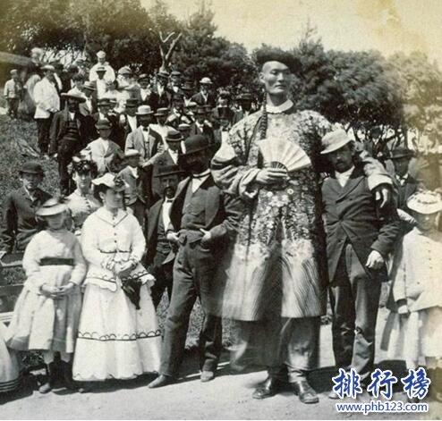 世界上最高的男人:詹世钗3.19米,唯一一位身高超过3米的人