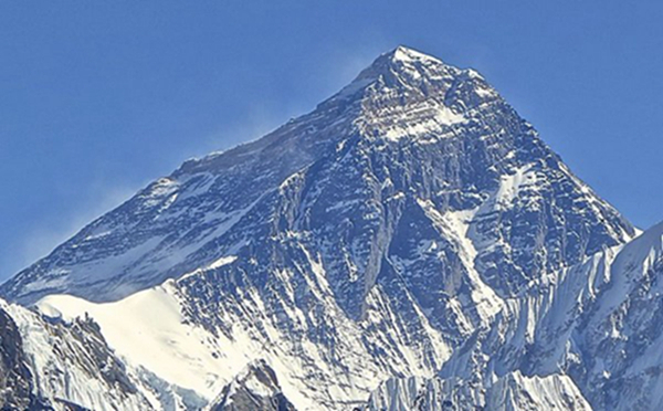 世界排名前十的著名高山1、珠穆朗玛峰