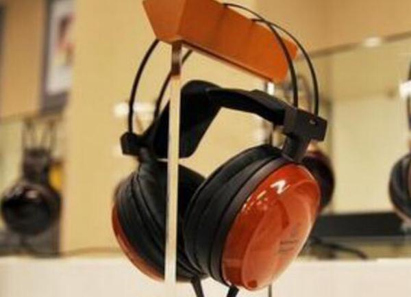 去日本十大必买电子产品10、铁三角耳机