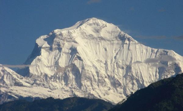 世界排名前十的著名高山7、道拉吉里