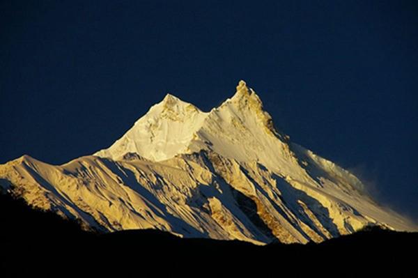 世界排名前十的著名高山8、马纳斯鲁