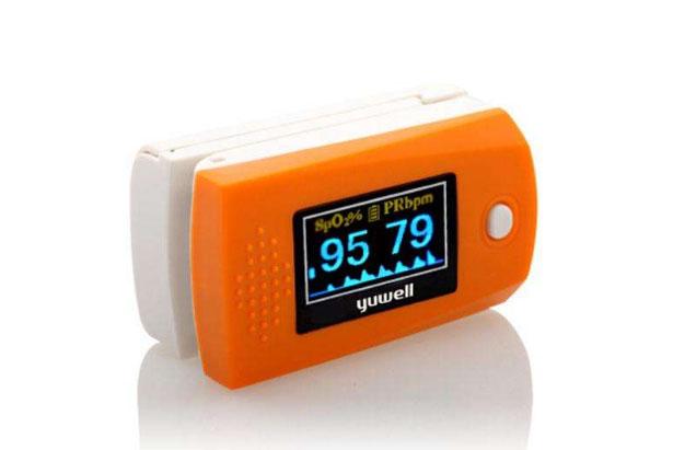 父亲节送给爸爸的礼物推荐一、指夹式脉搏血氧仪